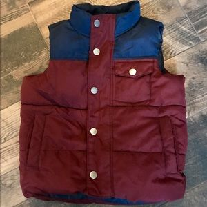 Boys old navy zip up puffer vest